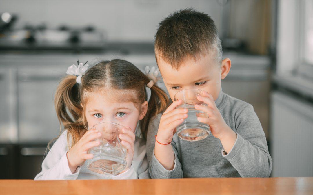 身體缺少水分?除了口渴,還有這4種症狀